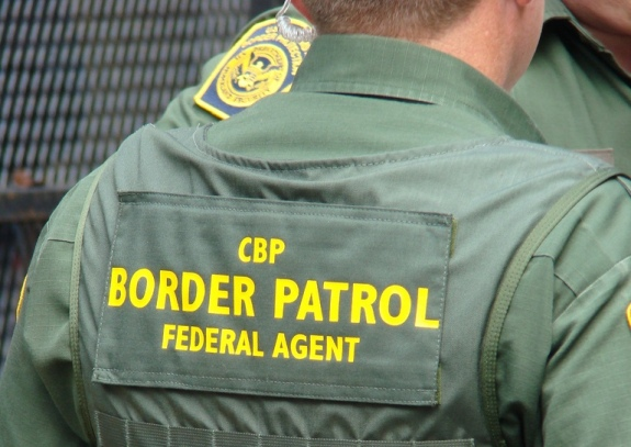 Border Patrol Agents get Tough on Immigrants
